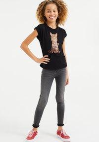WE Fashion - T-shirts print - black - 0