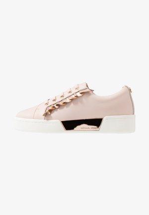 ZIA GUARD RAIL - Sneakers - pink/rosegold