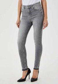 Liu Jo Jeans - Jeans Skinny Fit - grey - 0