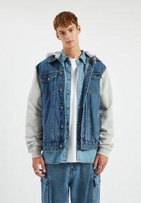 PULL&BEAR - Denim jacket - light-blue denim - 0