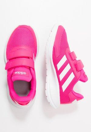 TENSAUR RUN - Laufschuh Neutral - shock pink/footwear white/shock red