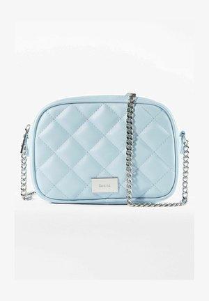 Across body bag - light blue