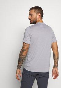 Salomon - TEE - T-shirt basic - alloy/heather - 2