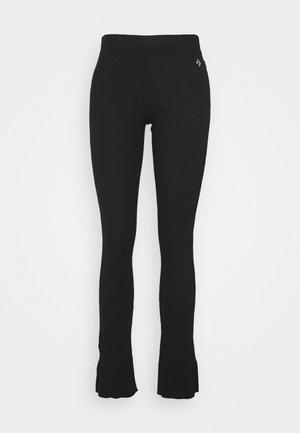 CHEVRON HACK - Leggings - Trousers - black