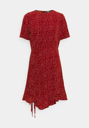 RUCHED SIDE TEA DRESS POLKA - Vestido informal - burgundy
