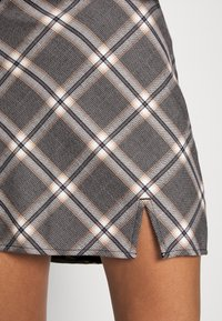 Abercrombie & Fitch - PLAID MINI SKIRT - Minisukně - grey - 6