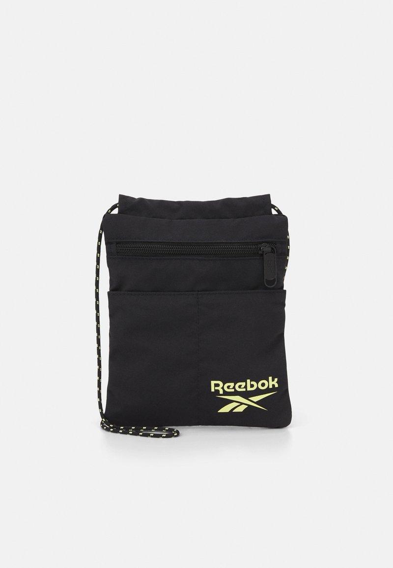 Reebok Classic - RETREAT CITY BAG UNISEX - Across body bag - black