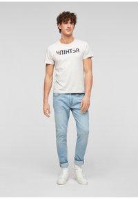 s.Oliver - Jeans Tapered Fit - light blue - 1