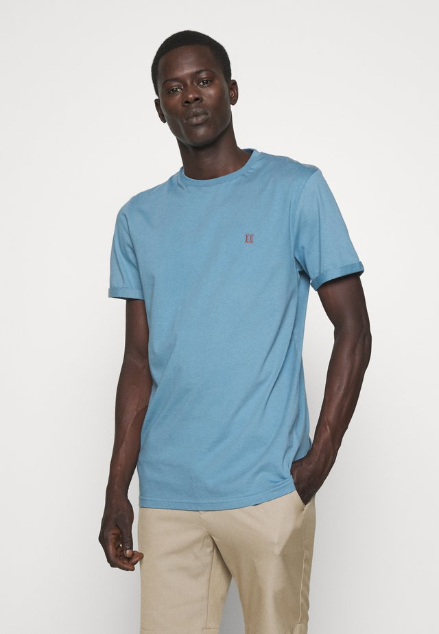 NØRREGAARD - Camiseta básica - provincial blue