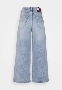 Tommy Jeans - ULTRA WIDE LEG - Relaxed fit jeans - light blue denim - 6
