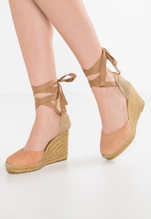 MUSCHETT - Wedge sandals - medium brown