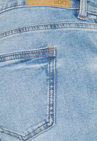 edc by Esprit - Slim fit jeans - blue light wash - 2