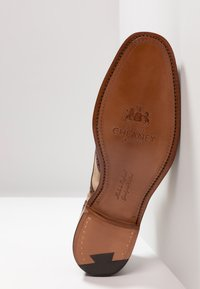 Cheaney - EDWIN  - Lace-ups - sand - 4