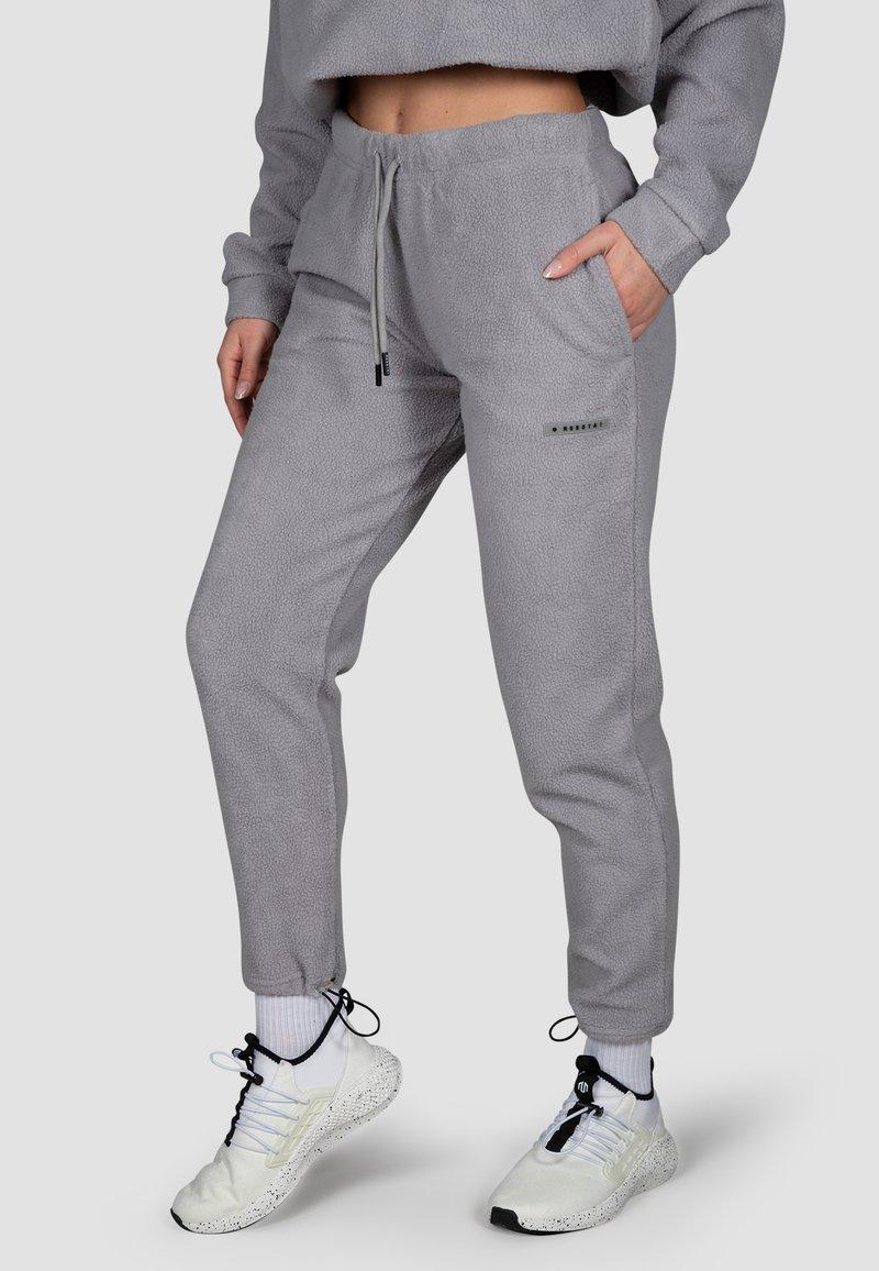 MOROTAI - Tracksuit bottoms - steel grey