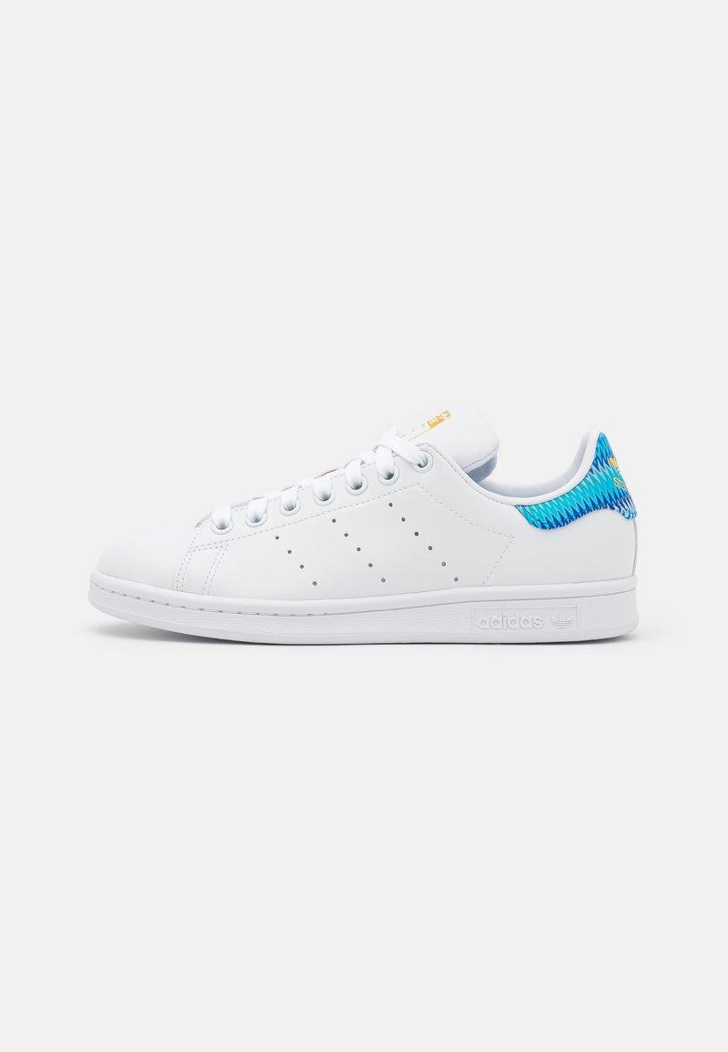 adidas Originals - STAN SMITH - Zapatillas - footwear white/blue/gold