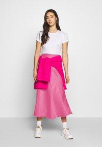 Weekday - IDA SKIRT - Jupe trapèze - bright pink - 1