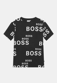 BOSS Kidswear - SHORT SLEEVES TEE - Print T-shirt - black - 0