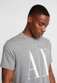 Armani Exchange - Print T-shirt - grey - 3