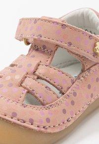Kickers - SUSHY - Dětské boty - rose - 5
