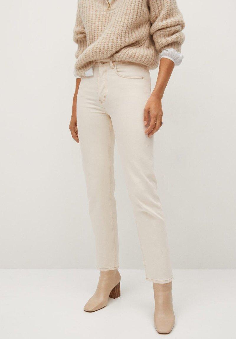 Mango Premium - PREMIUM - Straight leg jeans - crudo