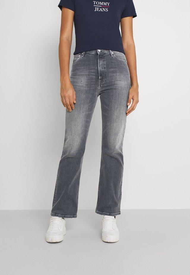 HARPER FLARE ANKLE - Široké džíny - tova grey