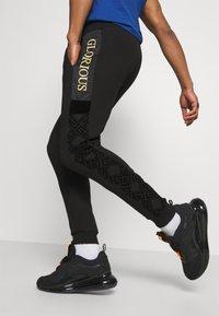 Glorious Gangsta - GALVEZ JOGGER - Pantalon de survêtement - black/gold - 3