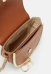 See by Chloé - Mara bag - Across body bag - caramello - 7