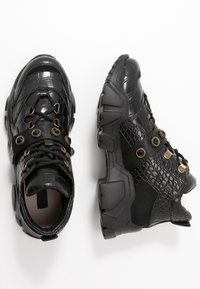 Colors of California - Trainers - black - 3