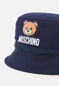 MOSCHINO - HAT WITH GIFT BOX UNISEX - Hat - blue navy