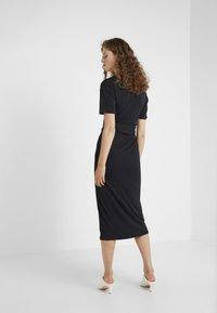 Lovechild - CONRAD DRESS - Jerseykleid - black - 2