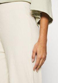 Monki - CLARA TOUSERS - Trousers - beige - 4