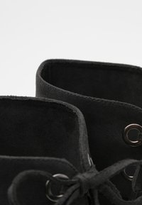 mtng - KONG - Wedge boots - karma black - 5