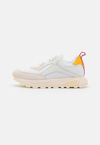S-TYCHE LOW CUT W - Trainers - white
