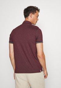 Burton Menswear London - CUFF - Polo shirt - burgundy - 2