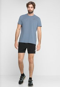 ASICS - SHORT - Pantalón corto de deporte - performance black - 1