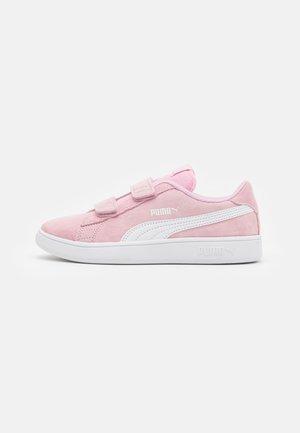 SMASH - Matalavartiset tennarit - pink lady/white