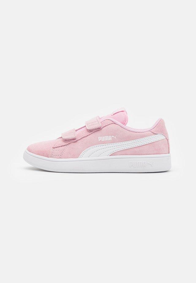 SMASH - Baskets basses - pink lady/white