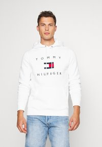 Tommy Hilfiger - FLAG HOODY - Sweat à capuche - white - 0