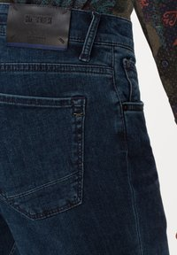 BRAX - STYLE CHUCK - Jeans Skinny Fit - night blue used - 4