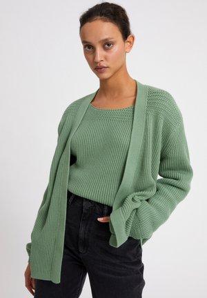 KAATHLEN - Cardigan - sage green