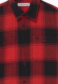 Calvin Klein Jeans - WINTER CHECK - Shirt - black/red - 2