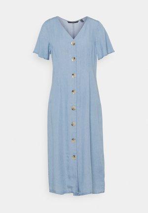 VMVIVIANA CALF DRESS  - Vestido camisero - light blue denim