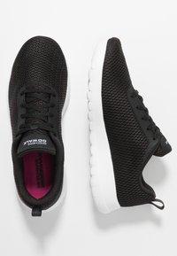 Skechers Performance - GO WALK JOY PARADISE - Chaussures de course - black/white - 1