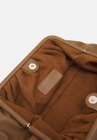 Steve Madden - BREVIVE - Handbag - tan - 2