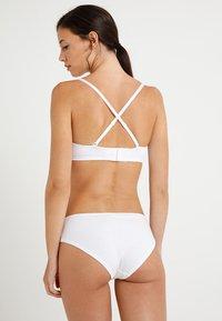 Zalando Essentials - 2 Pack - Multiway / Strapless bra - white/black - 4