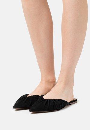 DORY - Pantofle - black