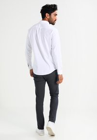 Selected Homme - SHXYARD STRUCTURE SLIM FIT - Chino - dark sapphire - 2