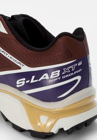 Salomon - XT-6 - Baskets basses - black/grape/chocolate fondant - 5