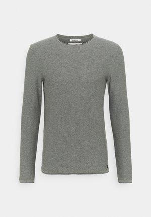 BASIC CREW NECK - Stickad tröja - mid grey melange