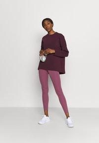 Sweaty Betty - GRACE CREW NECK  - Sweatshirt - plum red - 1